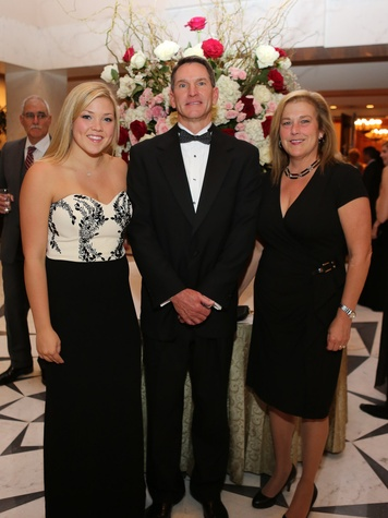 7 Houston Wine & Roses Gala May 2013 Kelsey McArdle, Janine McArdle and Kevin  McArdle