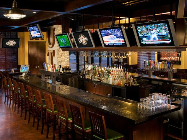 6 Sports Bar Interior Design More Photo Courtesy Of Champions Sports Bar And Restaurant Facebook