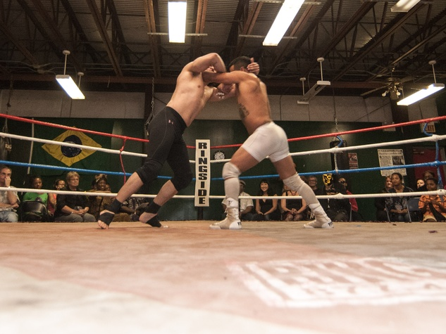 2, Musiqa El Arena performance, December 2012, Shaun El C. Leonardo, wrestling