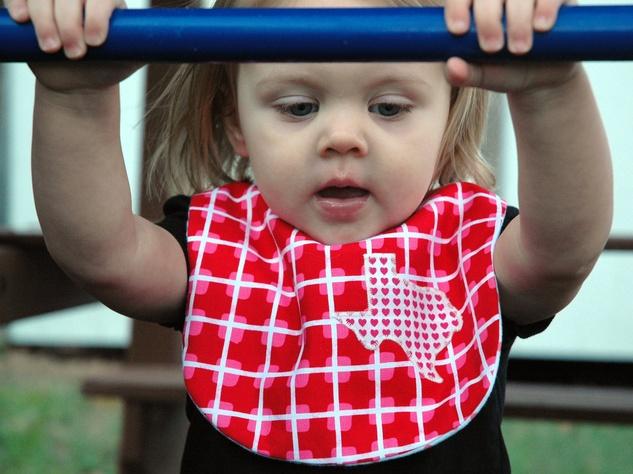 BabyBolt bib