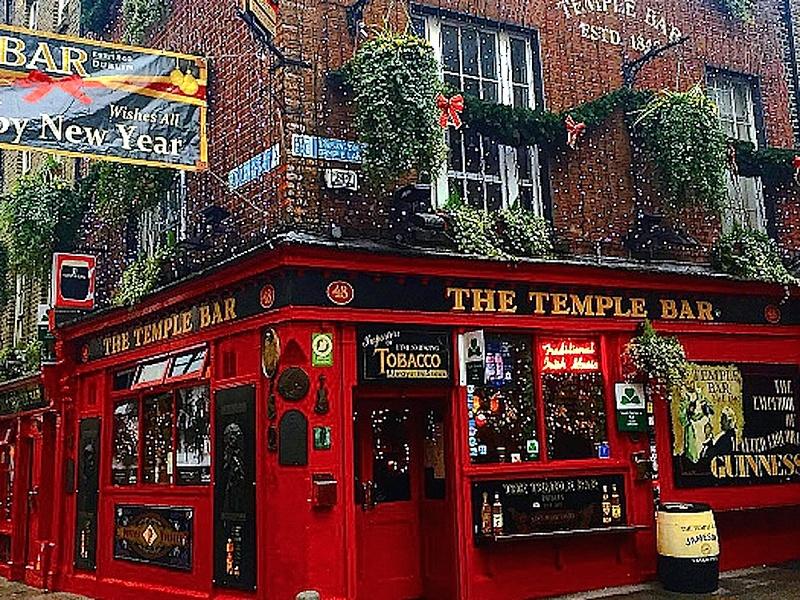 Houston, Dublin, Ireland, Temple Bar, Sept 2017