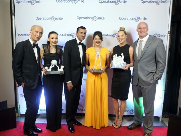 Operation Smile Gala 2015 Marc Nguyen, Duyen Nguyen, Ajay Khurana, Dr. Sippi Khurana, Jenny Myers, Chris Myers (ALL HONOREES)