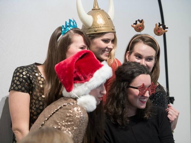 Jennifer Shepard, Liz Bola, Samantha Robinson, Elisabeth Seyerl, Laura Sevelis, DMA Junior Associates Holiday Party