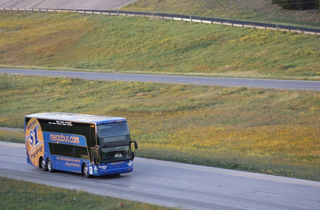 Megabus_bus_travel_I-10