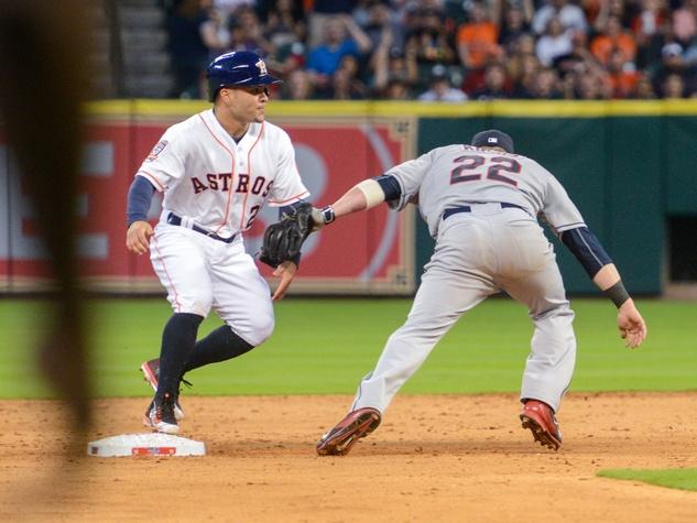 Astros Jose Altuve base