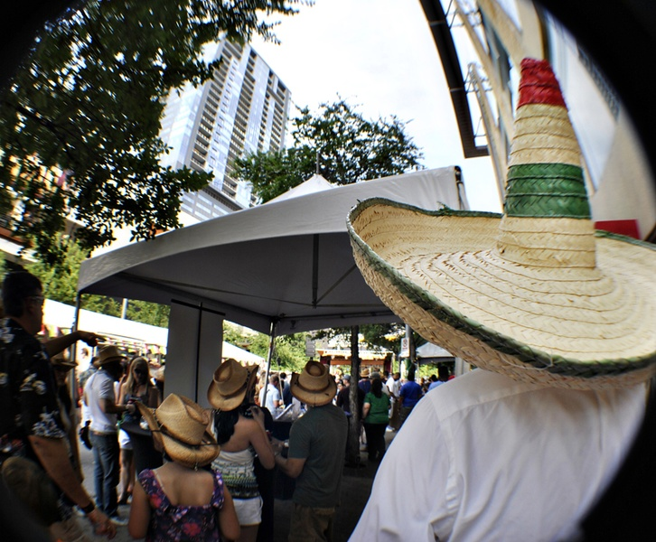 Austin Photo Set: News_cinco de mayo_may 2012_15