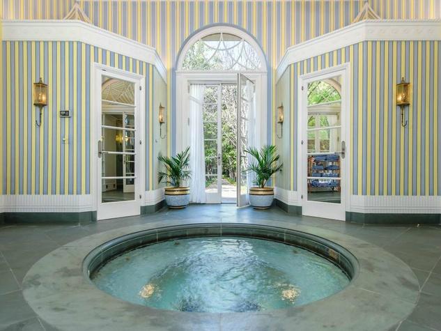 5950 Deloache Ave. for sale in Dallas swimming pool