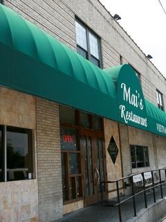 News_Mai's_restaurant_before fire
