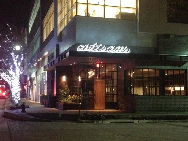 News_Artisans Restaurant_exterior_night