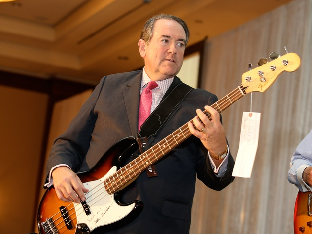 Mike Huckabee at the LifeHouse fundraiser October 2013