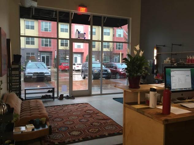 Modo Yoga Austin_Crestview_interior lobby_2015