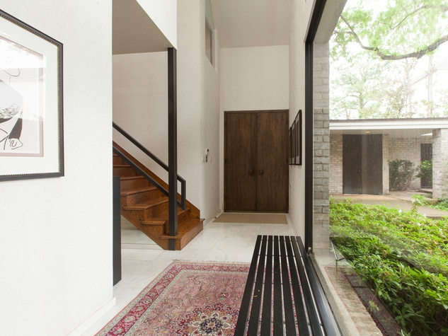 3 On the Market 10 S. Briar Hollow Lane No. 26 June 2014