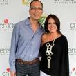 Susan Elzmer, Robert Hernandez, Plaza Style 13'