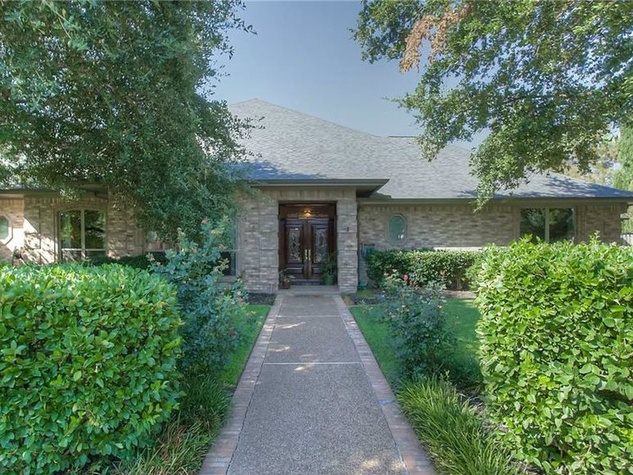 Exterior of 6704 Cool Meadow Dr. in Fort Worth