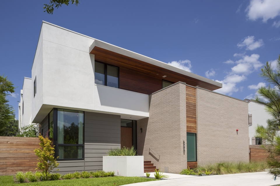 Stunning modern houston homes shown off in new tour for Contemporary home builders houston