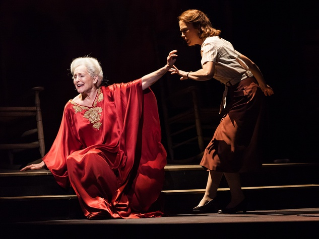 6 Houston Grand Opera A Coffin in Egypt March 2014 Myrtle, Frederica von Stade, left, and Elsie, Carolyn Johnson