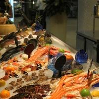 Peska seafood case