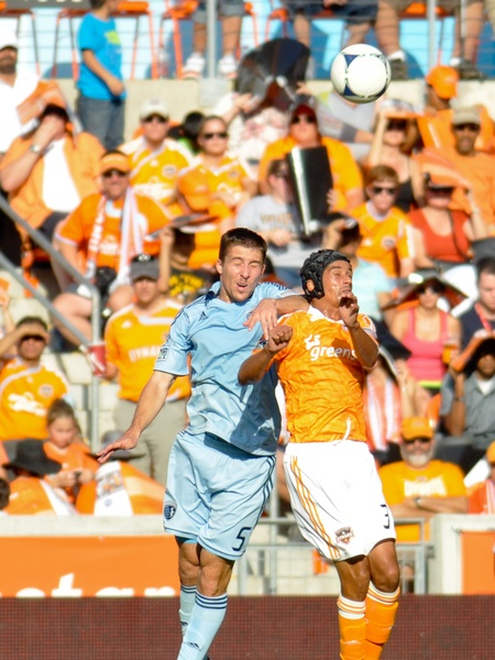 Dynamo KC header battle