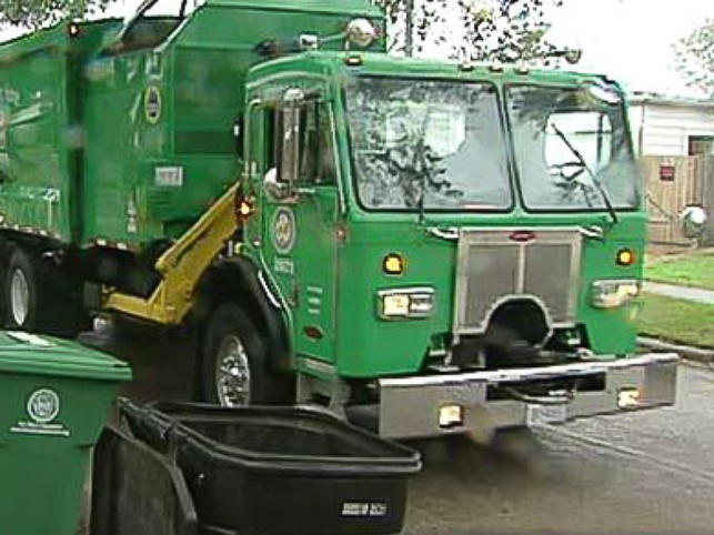 News_Houston_recycling truck