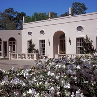 Places-A&E-Rienzi-exterior-day-CVB