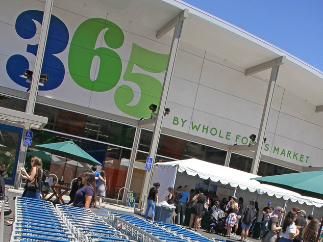 365 by Whole Foods Market exterior