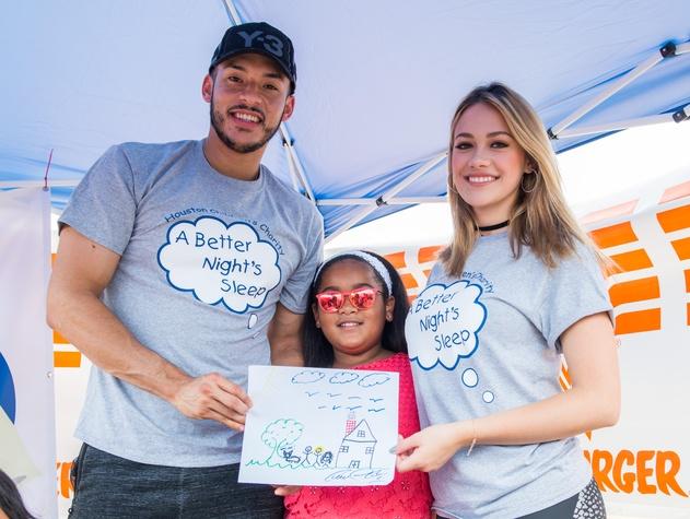 Houston, Carlos Correa, Mattress Firm, Houston Children's Charity mattress giveaway, August 2017, Carlos Correa, Daniella Rodriguez