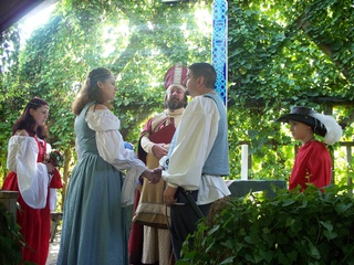 News_Texas Renaissance Festival_wedding ceremony