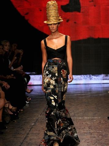 Fashion Week spring 2015 Donna Karan Model Karlie Kloss