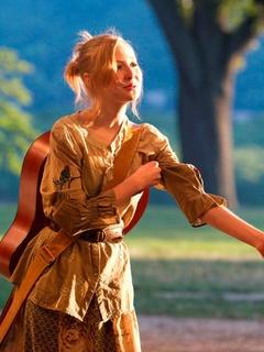 Dallas actor Mikaela Krantz in Troilus & Cressida