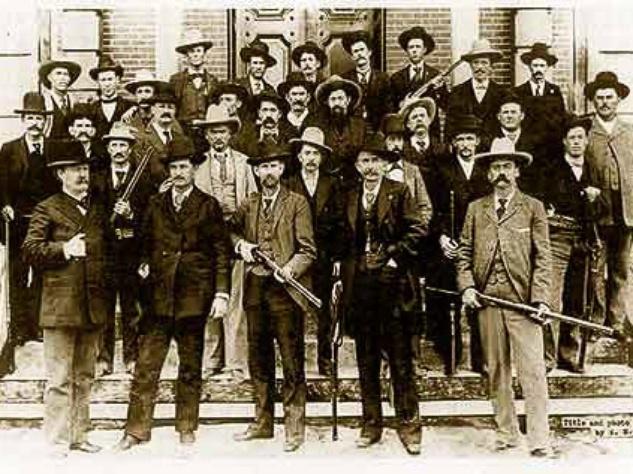 News_Texas Rangers_men with guns