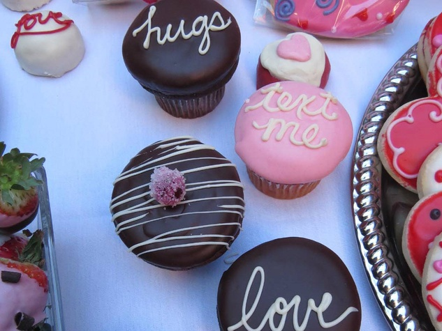 Valentine's Day cupcakes from Bread Winners