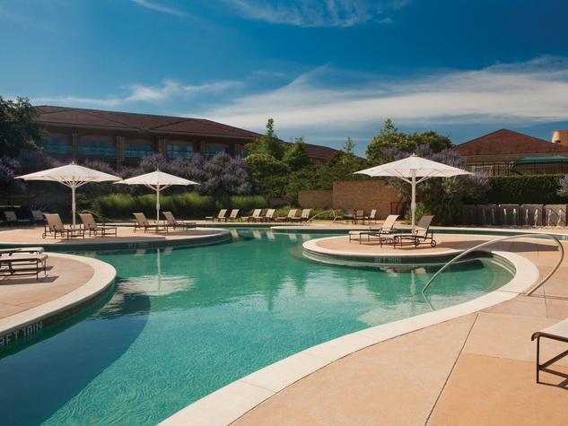 Pool at Four Seasons Resort Dallas at Las Colinas