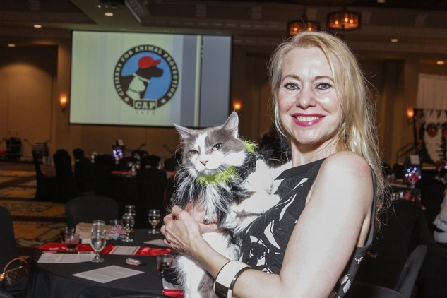 News, Shelby, Citizens for Animal Protection Paint Jam, June 2015, Natalie Blachuta with Snickers