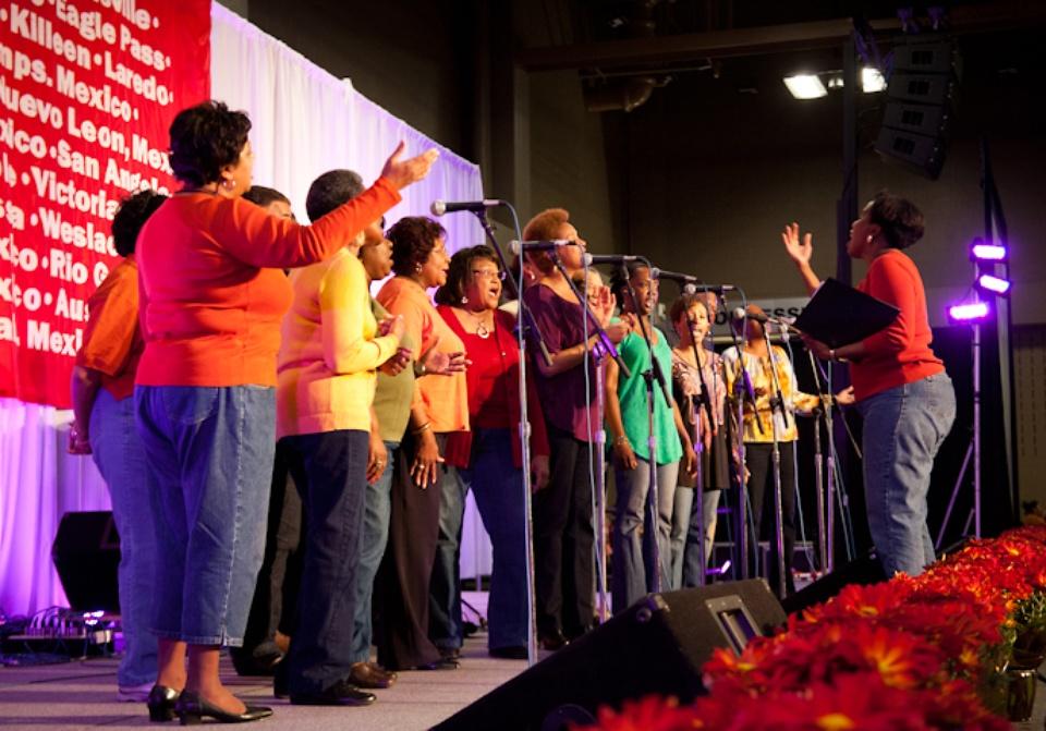 Austin Photo Set: News_Feast of Sharing_Nov 2011_choir