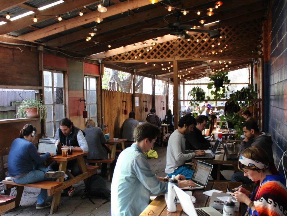 Flighpath Coffee House_Hyde Park_24 hour_patio
