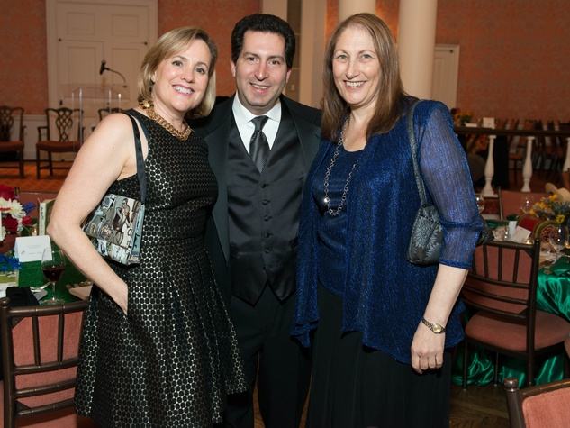 7 Ellen and Michael Brottman, left, with Dinah Chetrit at the Inprint Ball February 2015