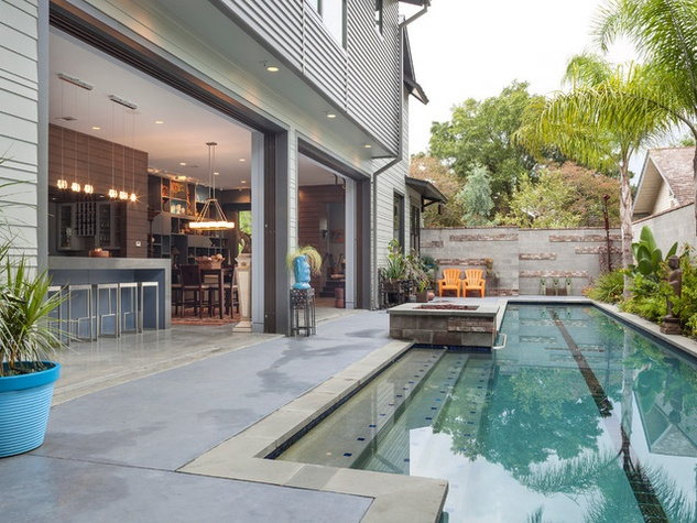 Houzz Houston Heights modern home tour pool