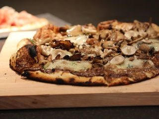 6, Pass & Provisions, October 2012, pizza, mushrooms