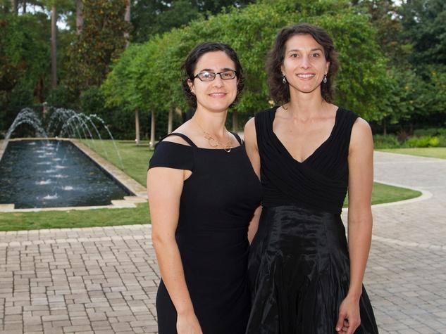 Tara Kelly, left, and Rhonda Sigman at the AVDA event October 2013