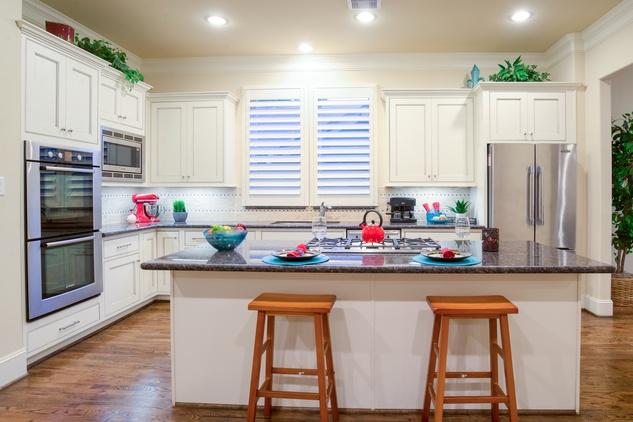 Houston, 1216 Bomar, June 2015, kitchen