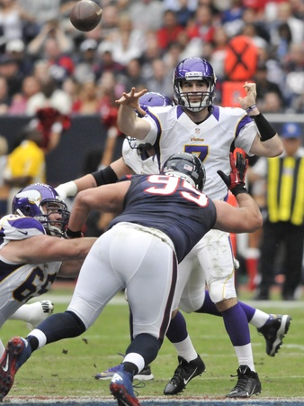 Christian Ponder pressure
