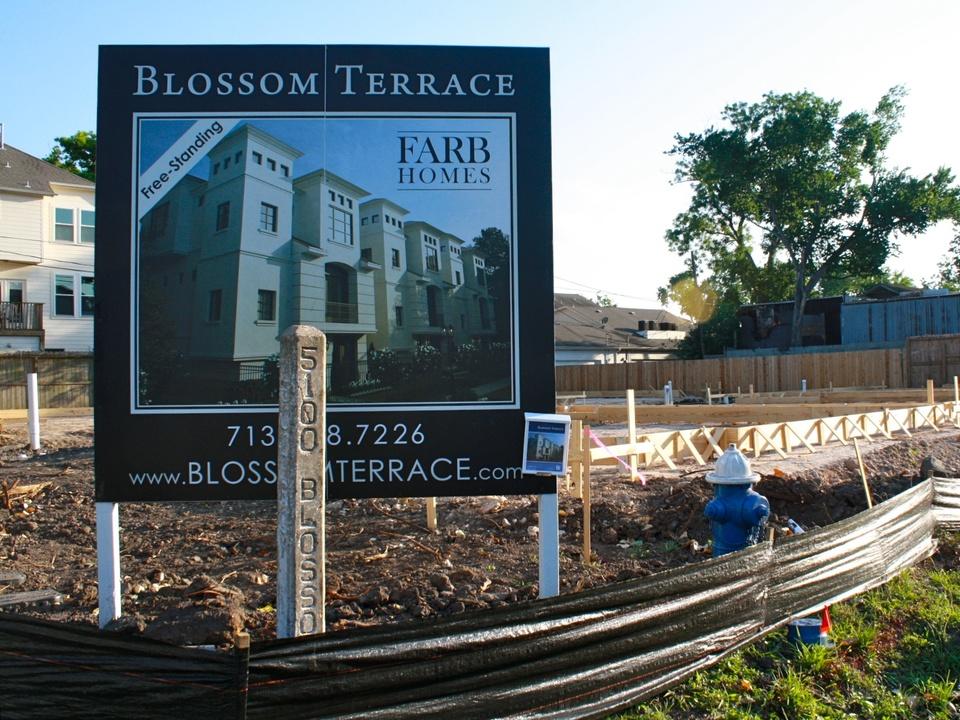 News_Steven_Tin houses blossom terrace