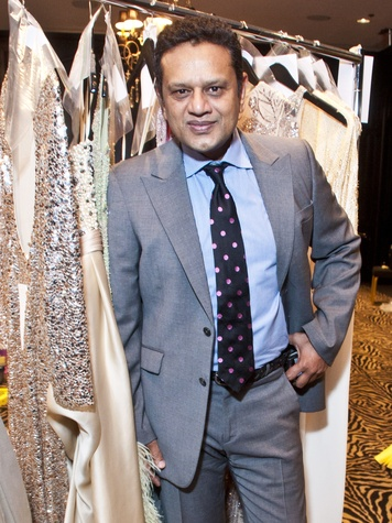 News_Catwalk for a Cure_November 2011_Naeem Khan