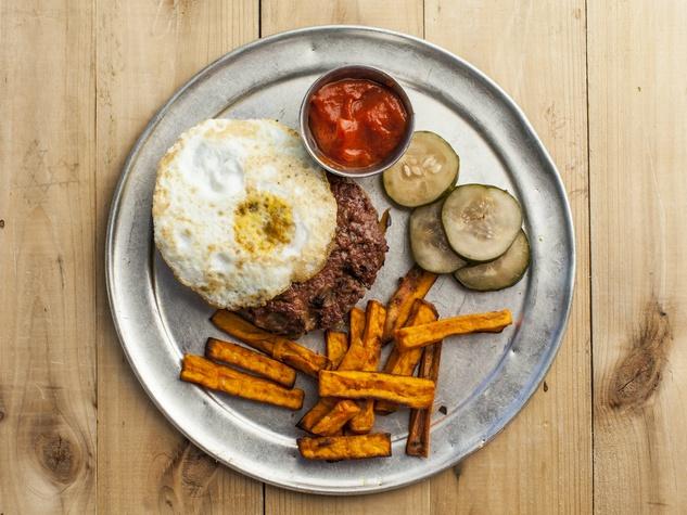 Snap Kitchen bison burger