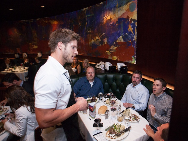 Owen Daniels, celebrity dinner, Houston Texas, September 2012, Waiting tables, Kevin Walter