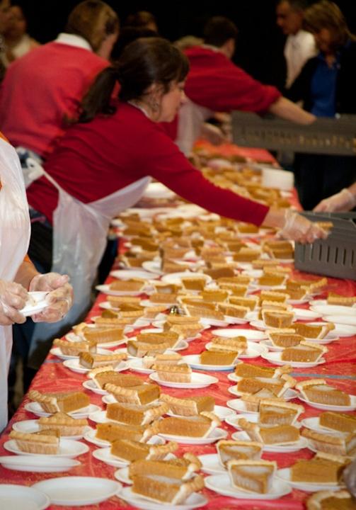 Austin Photo Set: News_Feast of Sharing_Nov 2011_pumpkin pie