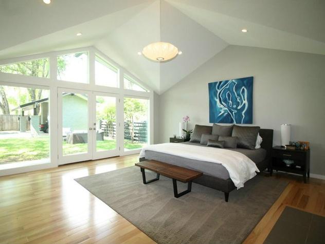 Master bedroom at 11316 Valleydale Dr. in Dallas