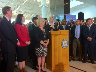 News_Southwest Airlines_Mayor Annise Parker_councilmembers