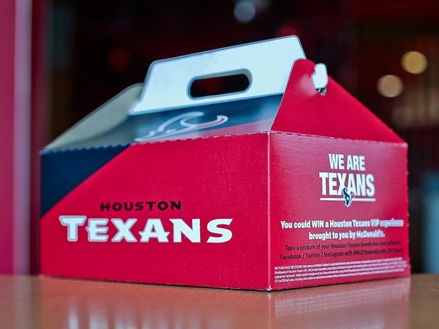 Houston, Hoffman, Pethouse Pet Sophie, September 2017, Mcdonalds houston texans