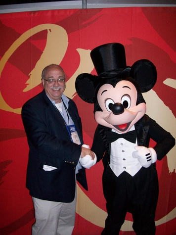 Ralph, Vision House, Epcot, November 2012, Ralph and Mickey Mouse